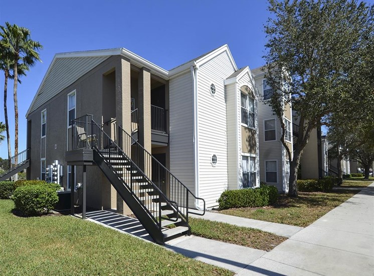 The Point at Naples Apartment Homes Naples, FL 34112 Tidy Sidewalks