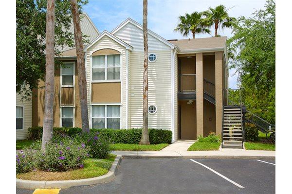 The Point at Naples Apartment Homes Naples, FL 34112 parking lot