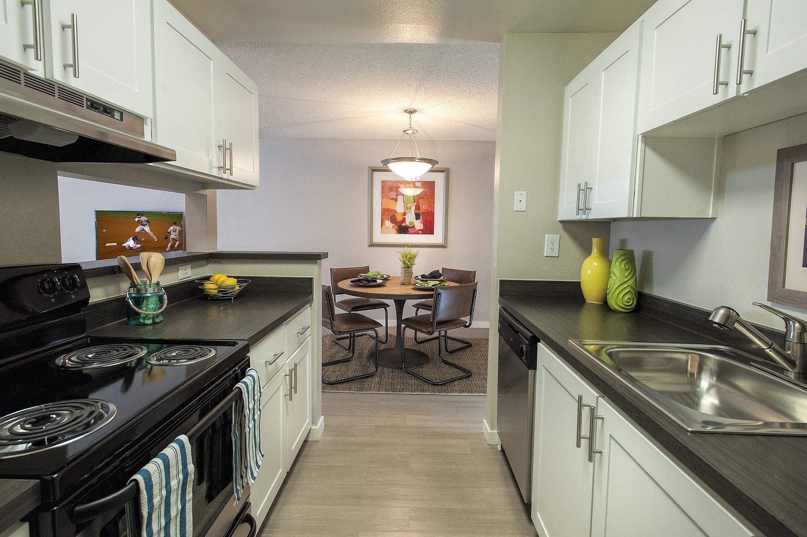 The Alexander_Santa Rosa CA_Apartment Kitchen