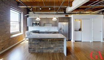 120 N Green St Studio-3 Beds Apartment for Rent Photo Gallery 1