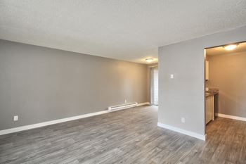 2500 Lancaster Drive NE 1-3 Beds Apartment for Rent Photo Gallery 1