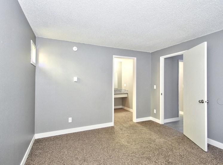 Salem, OR Nola Place Apartments bedroom