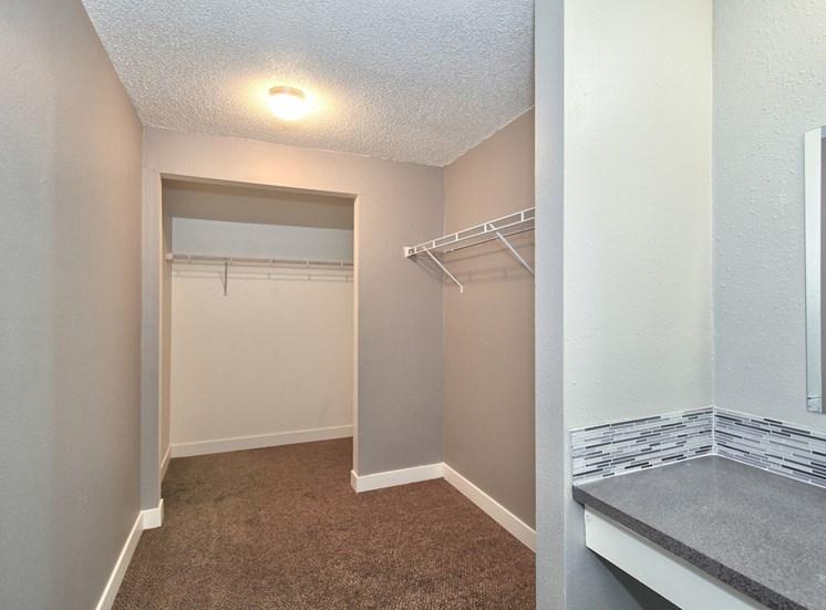 Salem, OR Nola Place Apartments bathroom closet