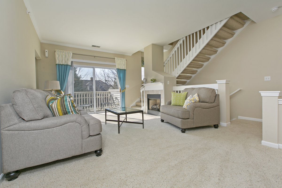 Townhome Style Apartment Homes Available at River Run at Naperville, 60564