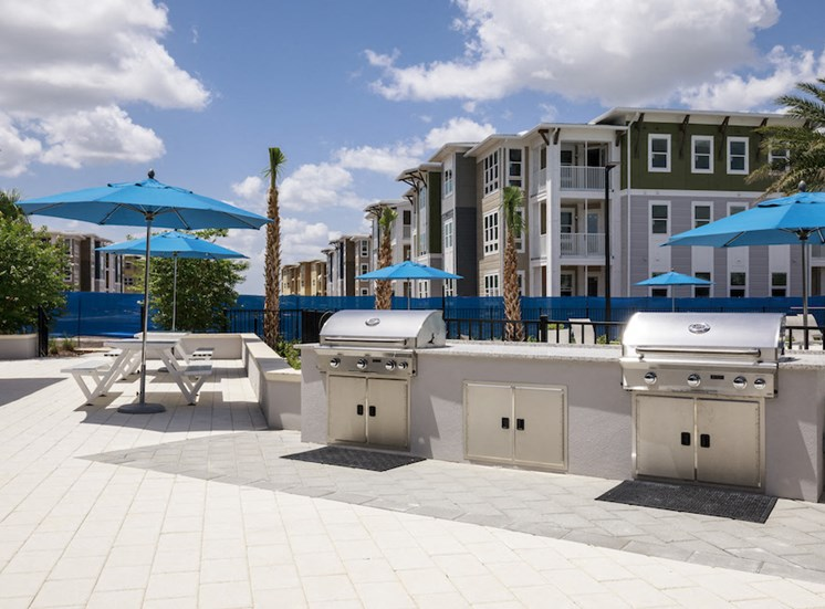 Ariel Apartments in Lake Nona, Orlando, FL 32827 Outdoor summer kitchen