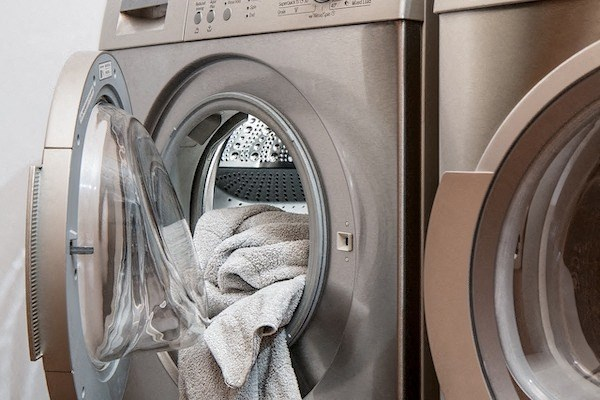 example washer and dryer in Apartment home