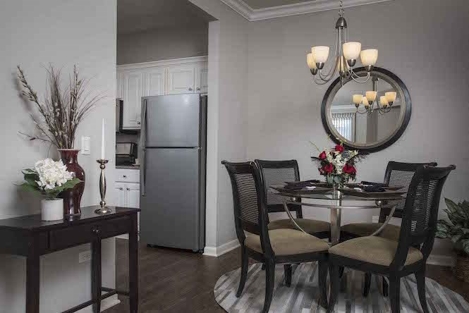 Designer Unit Dining