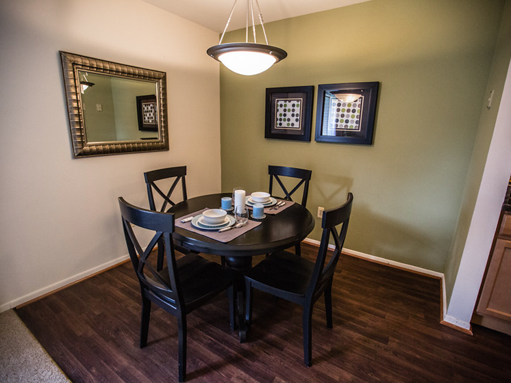 Dining Table at Drawbridge Apartments East, 48045