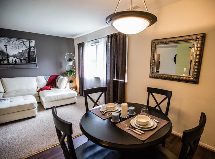 Open Floorplan Layout at Drawbridge Apartments East at Harrison Township, MI 48045