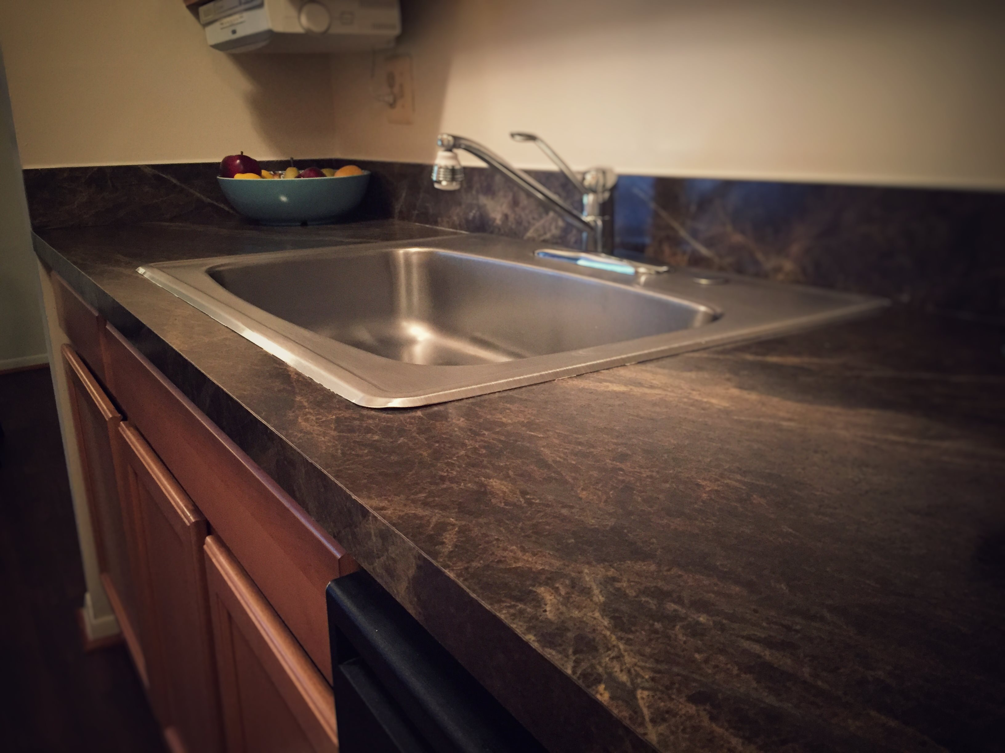 Upgraded Sinks at Drawbridge Apartments East, MI 48045