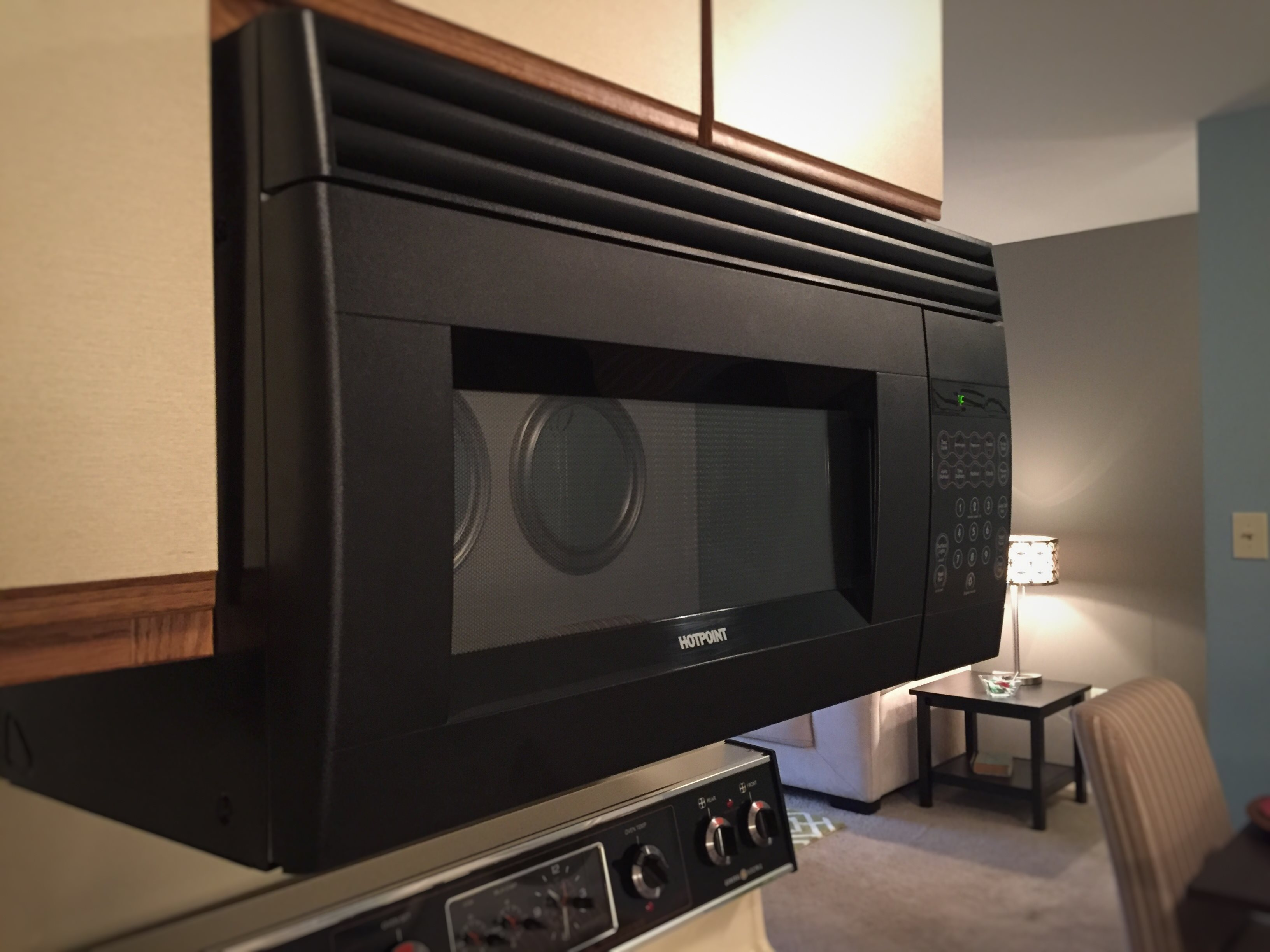 Built-in Microwave at Drawbridge Apartments East at 36420 Union Lake Road