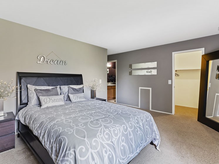 Bedroom at Franklin River Apartments, Southfield, Michigan