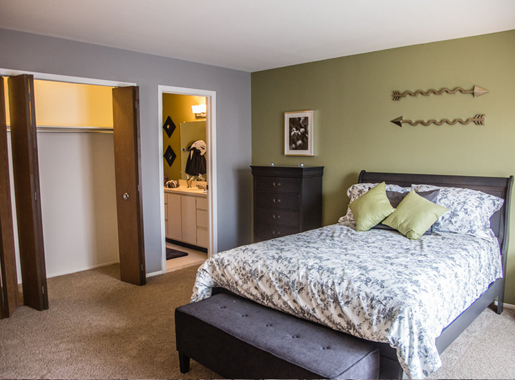 Master Bedroom with Walk-in Closet at Franklin River Apartments, Southfield, Michigan