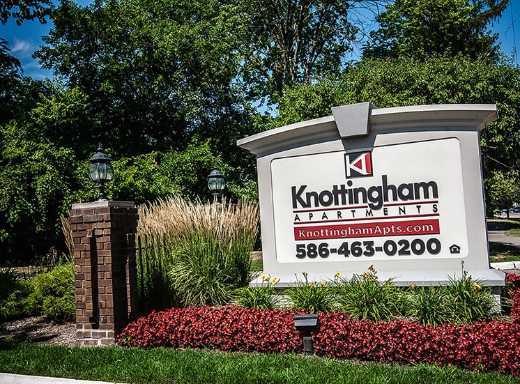 Knottingham Apartments Sign at Knottingham Apartments, 48036