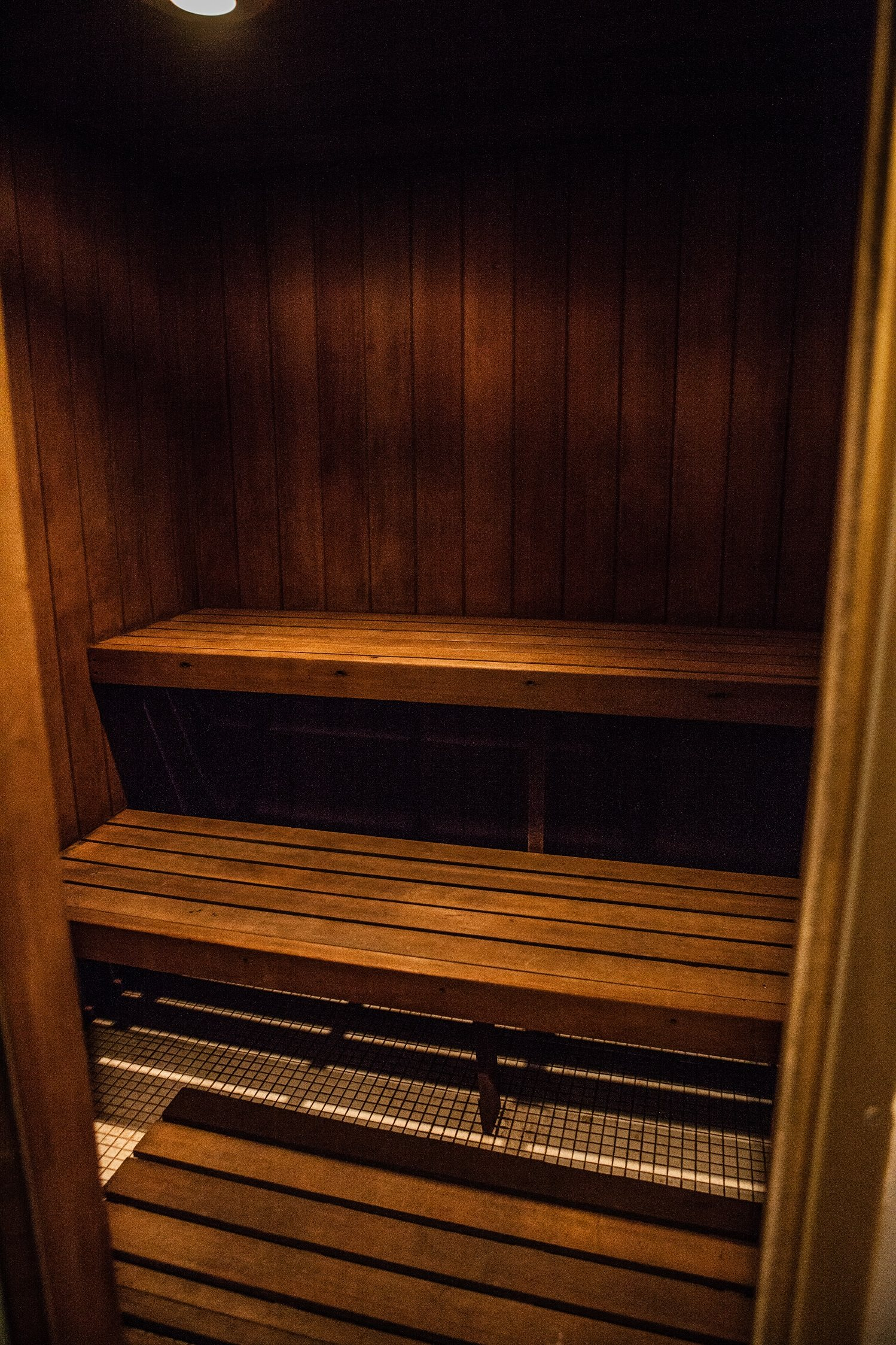 Men and Women's Dry Saunas at Knottingham Apartments, Clinton Township