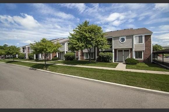 Park lane apartments 23344 park place drive southfield mi rentcaf for 3 bedroom apartments in southfield mi