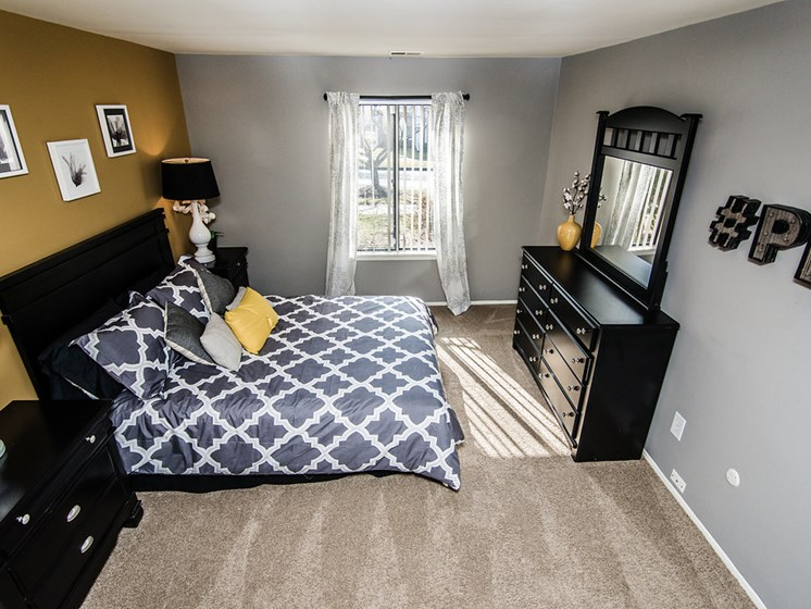 Large Bedrooms at Park Lane Apartments, 48033