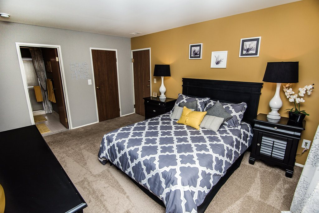 Large Bedrooms at Park Lane Apartments, Southfield, 48033