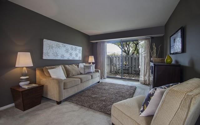 Spacious Living Room at Three Oaks Apartments, Troy, MI
