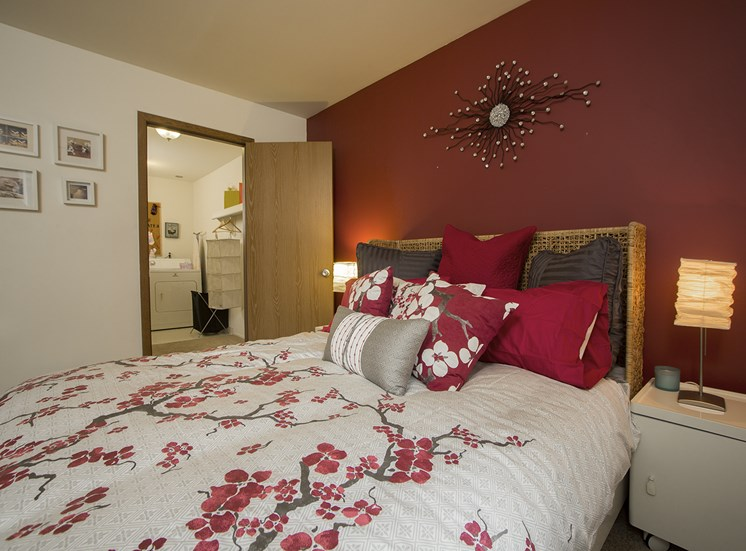 Spacious bedroom at Woodland Villa Apartments in Westland