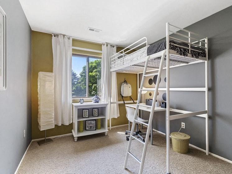 Guest bedroom Westland MI near Plymouth/ Canton/ Novi