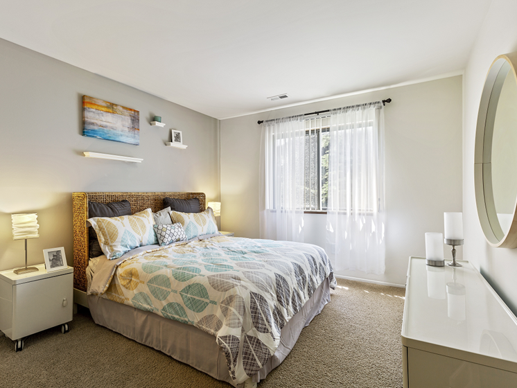 Two bedroom apartments, Westland MI 48185