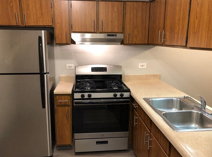 1BR, 1BA Standard D-Style Kitchen with Stainless Steel option