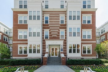 1717 East Capitol Street SE Studio-2 Beds Apartment for Rent Photo Gallery 1