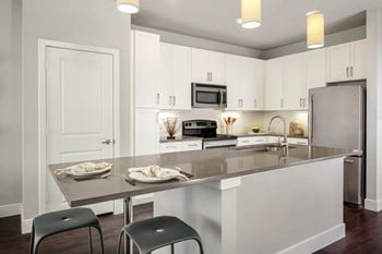 4800 Steiner Ranch Boulevard Studio-3 Beds Apartment for Rent Photo Gallery 1
