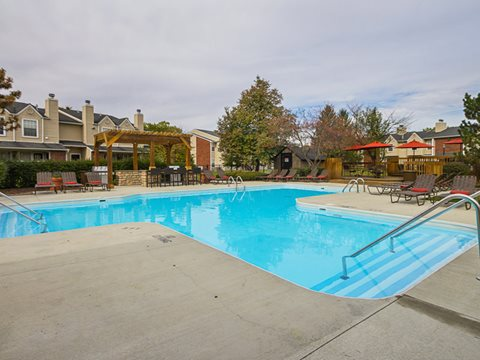 Hickory Creek Apartments - Columbus, OH | Bell Apartment Living