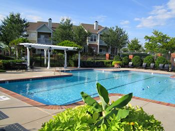 1402 Bridford Pkwy 1-3 Beds Apartment for Rent Photo Gallery 1
