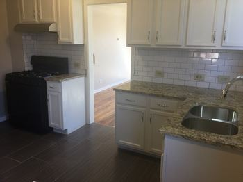 3715 Vine St. 2 Beds Apartment for Rent Photo Gallery 1