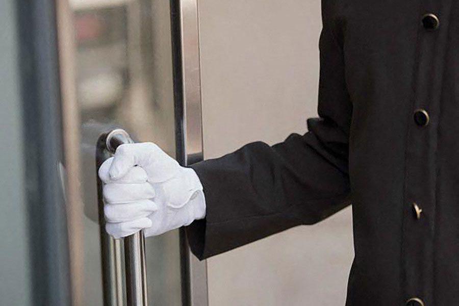 Professional Welcome Doorman at The Benjamin Seaport Residences, Massachusetts, 02210