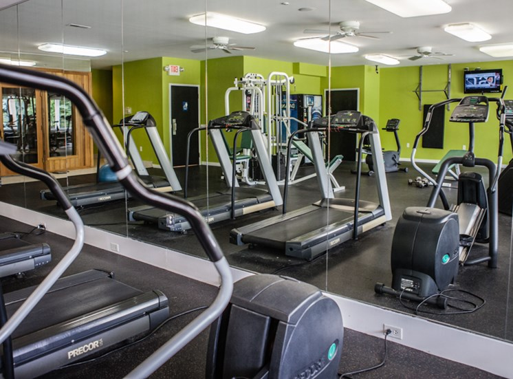 Fitness Center at Prentiss Pointe Apartments at 6*444 Prentiss Road, Michigan