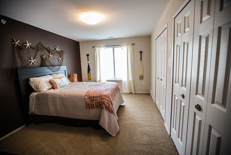 Prentiss Pointe Apartments Bedroom with Large Closets in Harrison Township, MI