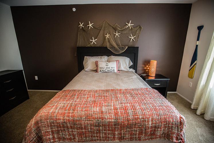 Prentiss Pointe Apartments Bedroom at 39111 Prentiss Road