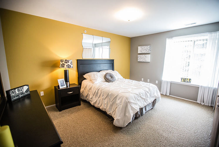 Spacious Bedroom at Prentiss Point Apartments, Harrison Township