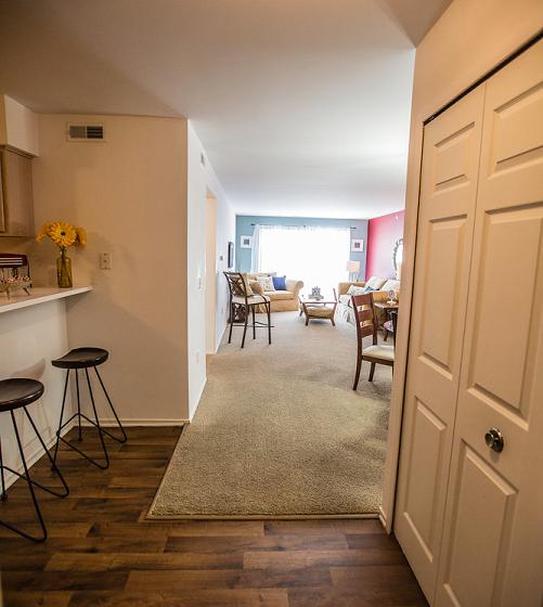 Dining Room at Prentiss Pointe Apartments, MI