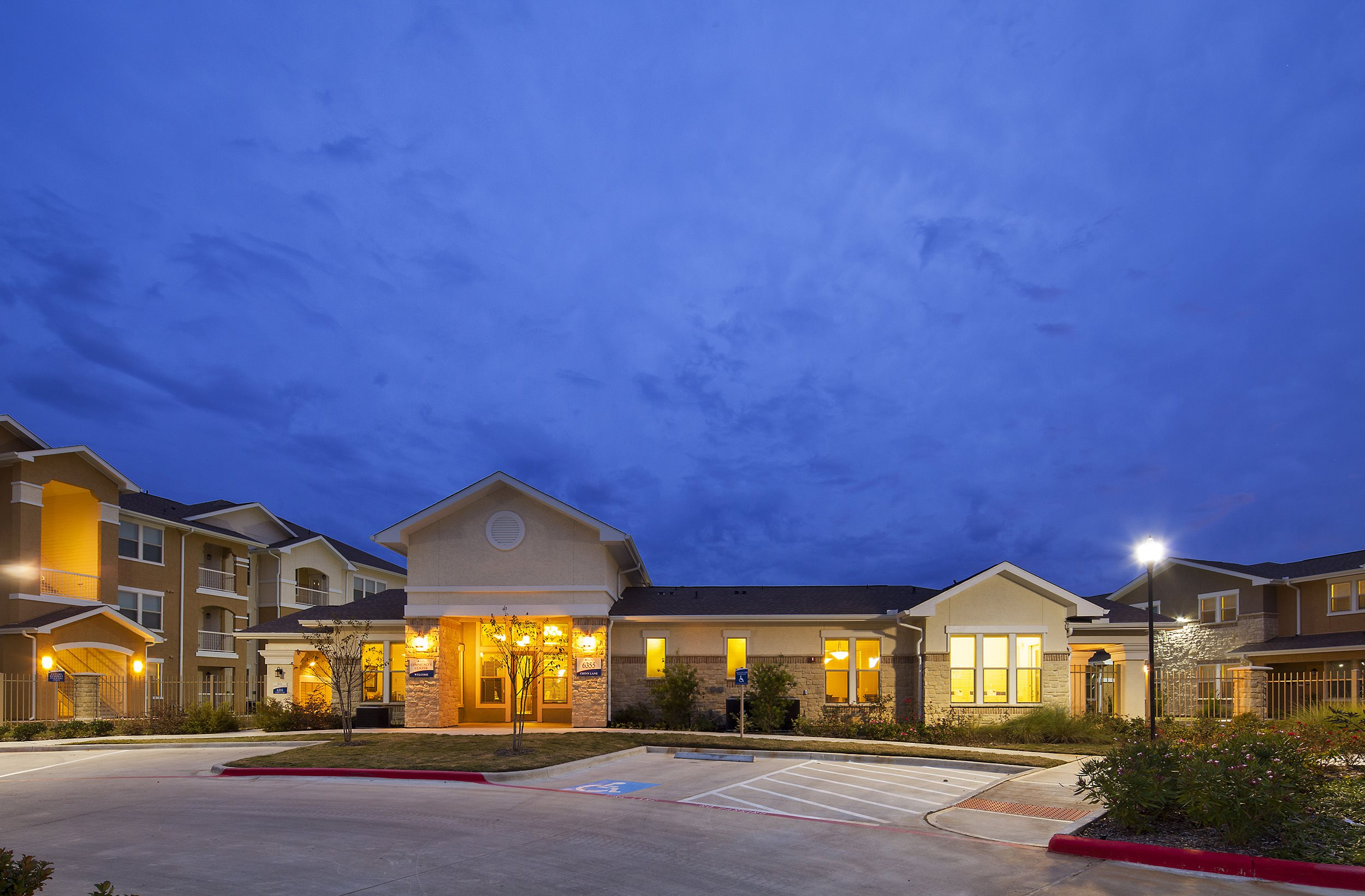 Azure Pointe Apartments In Beaumont Tx