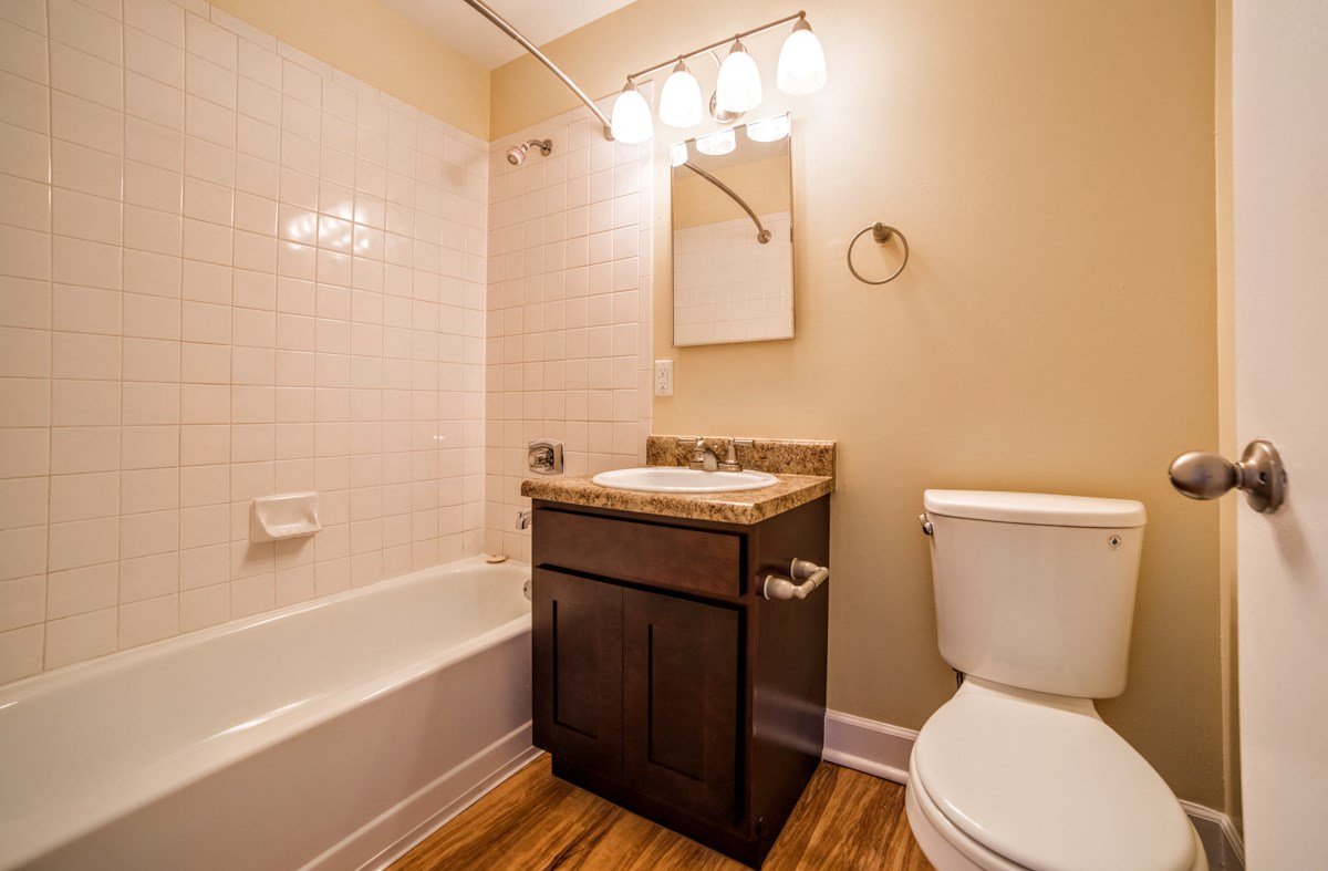Luxurious Bathrooms at Library Square, Indianapolis, IN