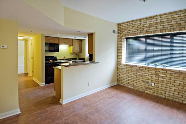 Downtown Indianapolis Apartments- Library Square