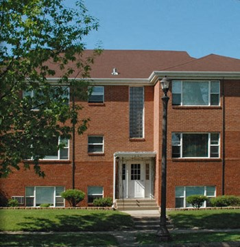 1603 Ford Parkway 1-2 Beds Johnson Realty for Rent Photo Gallery 1