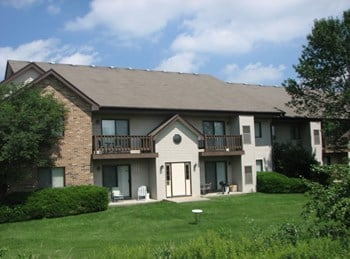 2105 Kensington Dr 1-3 Beds Apartment for Rent Photo Gallery 1