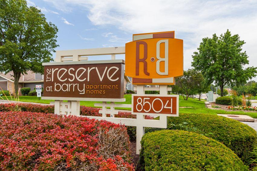Elegant Entry Signage at The Reserve At Barry Apartments, Kansas City, MO, 64154