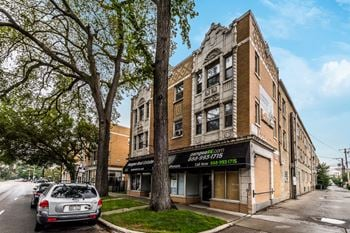 5957-73 W Madison St Studio-2 Beds Apartment for Rent Photo Gallery 1