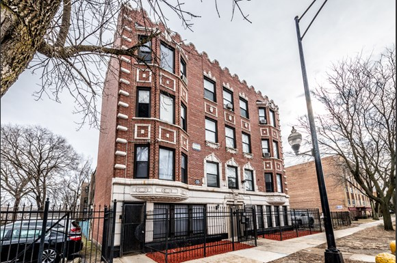 7715 S South Shore Dr Apartments Chicago Exterior