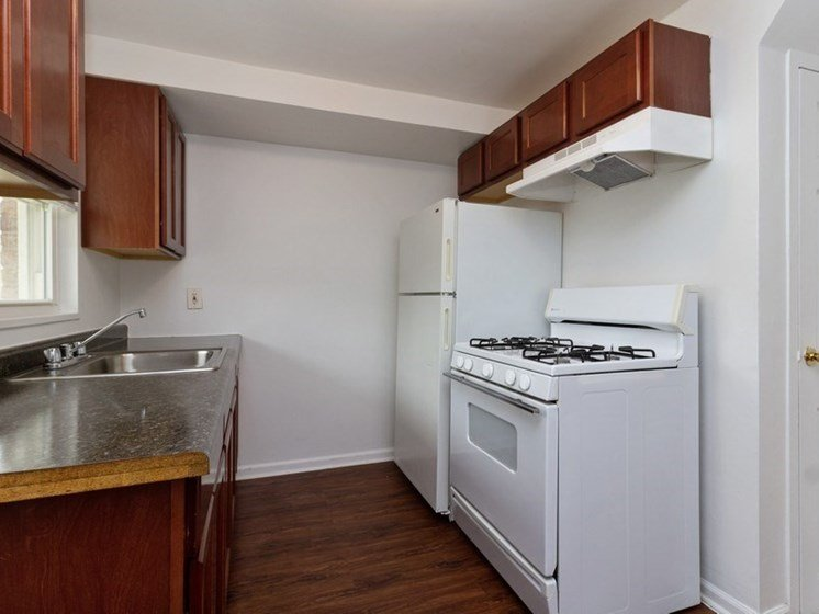 Kitchen Pangea Park Townhomes