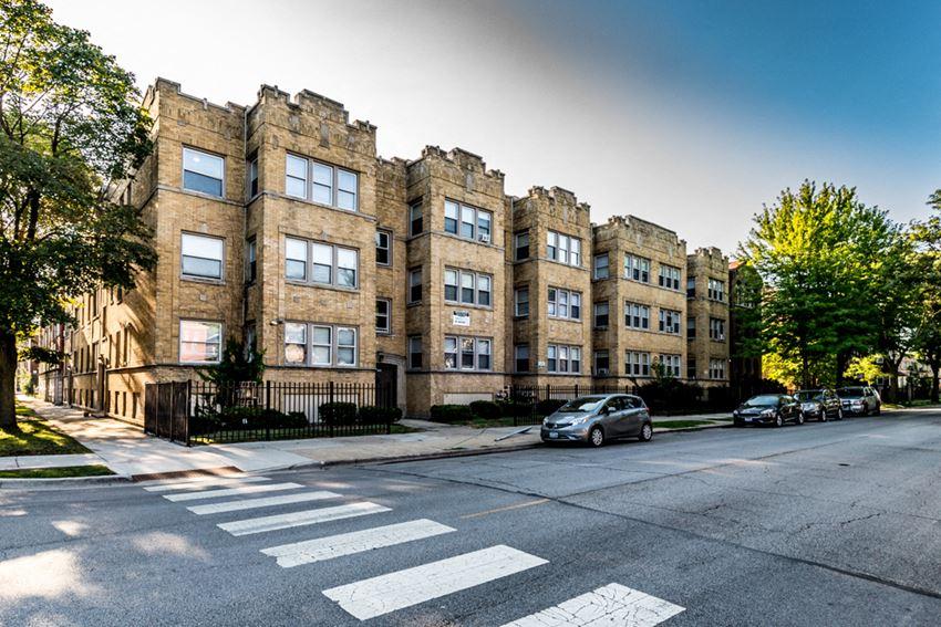 7801 S Yates Blvd Apartments Chicago Exterior