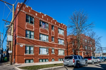 6306 S Fairfield Ave 1 Bed Apartment for Rent Photo Gallery 1