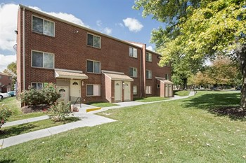 2908 Garrison Blvd 1-2 Beds Apartment for Rent Photo Gallery 1